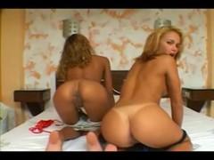 2 Dirty Latinas