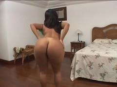 Isabella Brazil – Oral Bigass